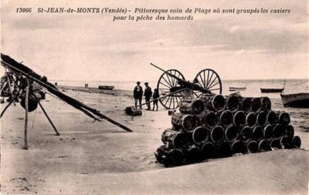 Casiers pour la pêche à homards - Plage de Saint-Jean-de-Monts