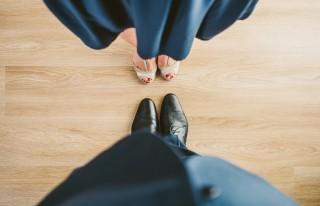 pexels-suit-couple-blue-shoes-cc0-142347